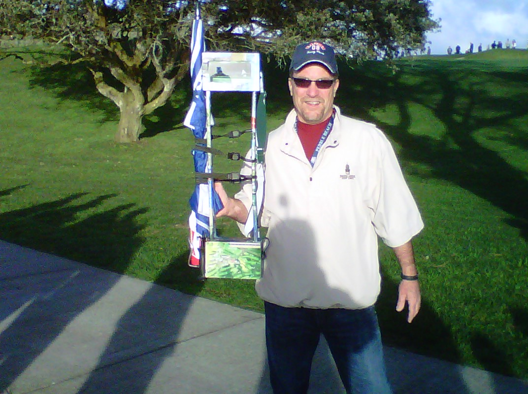 "Steve Davis and his periscope at the Farmers Insurance Open, Torrey Pines Golf Course, La Jolla, California, where, he reports, ""Tiger was Tiger of old."""