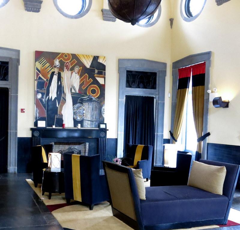 Club Room, 2013.